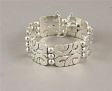 TAXCO TRADITIONS ARTISAN STERLING SILVER LINK BRACELET