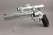 TAURUS TRACKER LIMITED .22 CALIBER REVOLVER SN:WG133625, WITH SCOPE