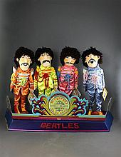 THE BEATLE'S SERGEANT PEPPER'S LONELY HEARTS CLUB BY APPLAUSE WITH DISPLAY, DOLLS 21