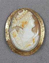 STAMPED 10K YELLOW GOLD CARVED CAMEO PIN/PENDANT, 2 1/8