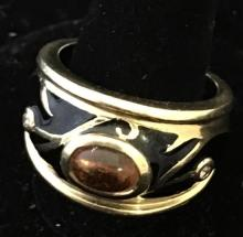 STAMPED 14K YELLOW GOLD RING WITH BLACK ENAMELED DESIGN AND CITRINE AND DIAMOND ACCENTS, SIZE 9, 13.7 GRAMS TOTAL