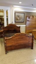 ROSEWOOD VICTORIAN STYLE BED WITH RAILS, APPLIED CARVINGS ON SIDES OF HEADBOARD AND FOOTBOARD, HEADBOARD IS 59