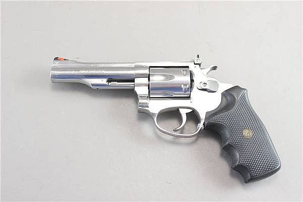 ROSSI MODEL M518 .22 CALIBER REVOLVER SERIAL NUMBER L039561