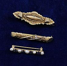 THREE 9K - 14K YELLOW GOLD BAR PINS, 1 3/8