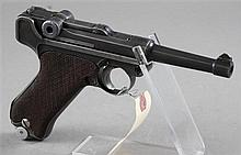 GERMAN LUGER (1917) 30 CALIBER PISTOL SN:1589, MATCHING EXCEPT MAGAZINE, WITH SOFT CASE