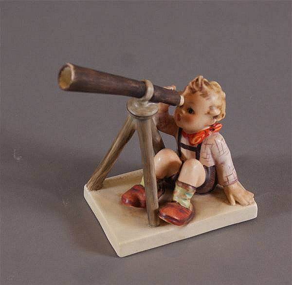 "HUMMEL FIGURINE ""STAR GAZER"" #132 FIRST MARK, U.S. ZONE GERMANY, 4 1/2""H"