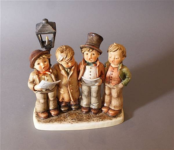 "HUMMEL FIGURINE ""HARMONY IN FOUR PARTS"" #471 6 MARK, 8 /34"" X 10"" WITH BOX"