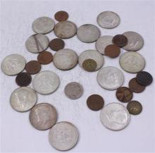 LOT INCLUDING 2 TOKENS, 5 FOREIGN COINS, (17) 40% KENNEDY HALF DOLLARS, BUFFALO NICKEL, AND 6 WHEAT PENNIES