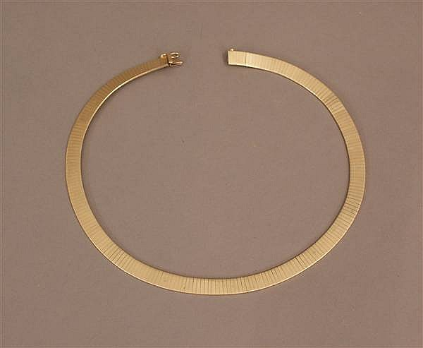 14 K YELLOW GOLD OMEGA NECKLACE