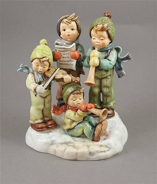 "HUMMEL FIGURINE ""STRIKE UP THE BAND"" #668 7 MARK, 8""H WITH BOX"