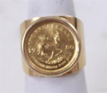 1980 1/10 KRUGERRAND 3.390 g, .917 GOLD, IN 14K SETTING, TOTAL WEIGHT 19.19 g
