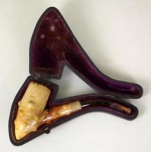 Antique Meerschaum Tobacco Pipe in Case. Circa 1900s.