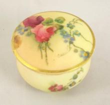 Antique Royal Worcester Miniature Hand Painted Blush Ivory Pill Pot Complete with Lid. Circa 1912.  Height 2.5 cm