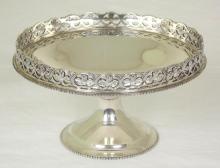 Silver Pedestal Dish with Pierced Rim c.1928, Hallmarked London for Blackmore & Fletcher LTD. 195g