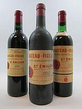 3 bouteilles 1 bt: CHÂTEAU FIGEAC 1971 1er GCC (B) Saint Emilion (base goulot. Colerette export USA)