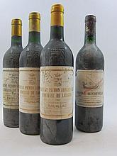 9 bouteilles 2 bts : CHÂTEAU BEYCHEVELLE 1990 4è GC Saint Julien (étiquettes très tachées)