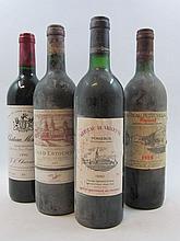 12 bouteilles 2 bts : CHÂTEAU COS D'ESTOURNEL 1990 2è GC Saint Estèphe (capsules et étiquettes tachées)
