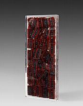 ARMAN (1928 - 2005) SANS TITRE - 1989 Accumulation de plaques et de jetons du Palais de la Méditerranée dans résine polyester