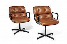 Charles POLLOCK (1930-2013) Paire de fauteuils - 1965 Structure en fonte d'acier, coque en polyester renforcé de fibre de verre, gar..