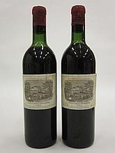 2 bouteilles CHÂTEAU LAFITE ROTHSCHILD 1962 1er GC Pauillac (1 légèrement bas et 1 haute épaule