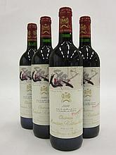 4 bouteilles CHÂTEAU MOUTON ROTHSCHILD 1996 1er GC Pauillac (dont 1 étiquette léger tachée)
