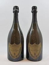 2 bouteilles CHAMPAGNE DOM PERIGNON 1990