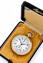 LONGINES N° 5044908, vers 1931 Chronographe de poche en or jaune 18K (750). Boîtier rond. Cadran émail blanc avec 2 compteurs. T...