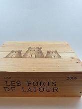 3 bouteilles CHÂTEAU LATOUR 1955 1er GC Pauillac (2 légèrement bas