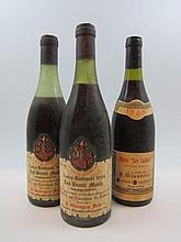 3 bouteilles 2 bts : VOSNE ROMANEE 1964 1er cru Les Beaux Monts. P.Misserey (1 à 3,5 cm et 1 à 6 cm, étiquettes fanées)