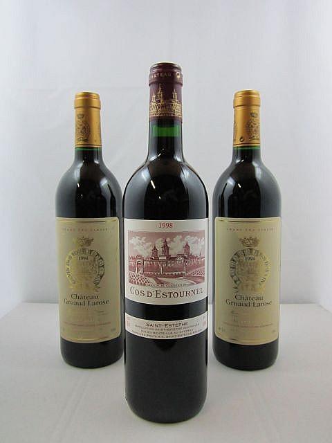 3 bouteilles 1 bt : CHÂTEAU COS D'ESTOURNEL 1998 2è GC Saint Estèphe