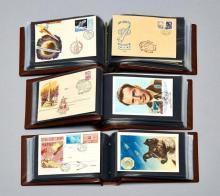 ¤ ° Thématique ''Espace'' - Unions soviétique. Important ensemble d'enveloppes commémoratives, cartes postales et documents philat