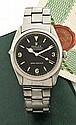 ROLEX Réf: 1002 vers 1963 Montre bracelet en acier. Boîtier rond, couronne et fond vissé. Cadran noir Explorer laqué avec index...