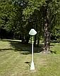 Philippe HIQUILY (1925-2013) UN LAMPADAIRE, 2009 Sculpture en laiton à patine verte