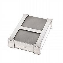 HERMES Paris Boîte en métal argenté, avec un