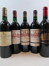 5 bouteilles 1 bt : CHATEAU COS D'ESTOURNEL 1985 2è GC Saint Estèphe (haute épaule, étiquette tachée et capsule abimée sur le dessus)