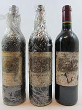 3 bouteilles CARRUADES DE LAFITE 1999 Pauillac (étiquettes très abimées par l'humidité