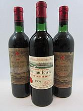 3 bouteilles 1 bt : CHÂTEAU PAVIE 1969 1er GCC (B) Saint Emilion (légèrement bas, étiquette fanée)