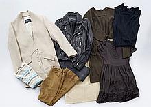 Lot comprenant : un manteau THAKOON, TS ; un pantalon en cuir noir ISABEL MARANT, T40 ;  une robe à manches courtes marron JUICY Cou...