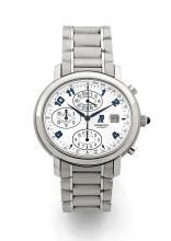 AUDEMARS PIGUET MILLENARY, vers 2004 Chronographe bracelet en acier. Boîtier ovale. Cadran blanc avec trois compteurs, dateur à...