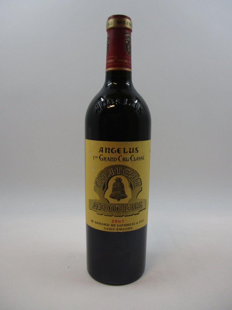 1 bouteille CHÂTEAU ANGELUS 2001 1er GCC (B) Saint Emilion (étiquette griffée)