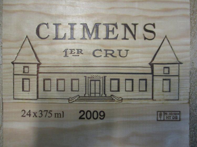 24 demi bouteilles CHÂTEAU CLIMENS 2009 1er cru Barsac Caisse bois d'origine (cave 12)
