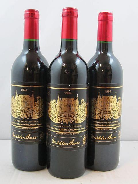 12 bouteilles CHÂTEAU PALMER 1994 3è GC Margaux (dont 4 étiquettes griffées)