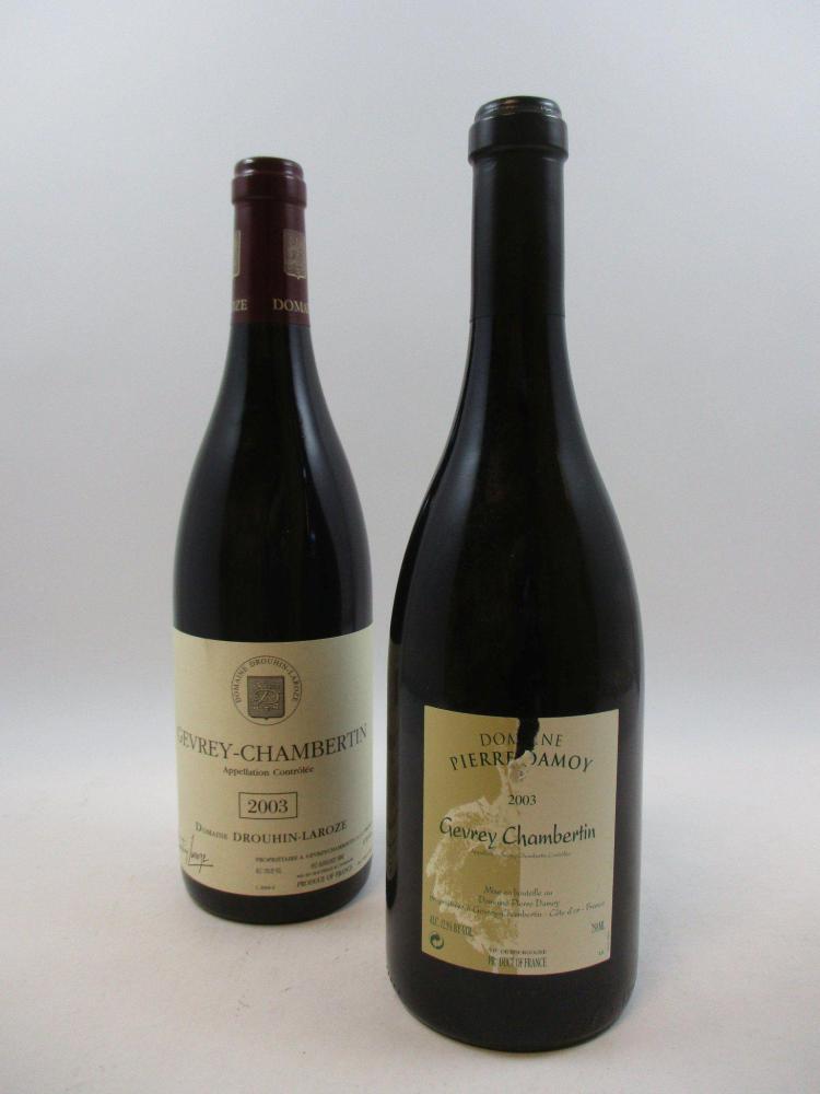 12 bouteilles 10 bts : GEVREY CHAMBERTIN 2003 Domaine Drouhin Laroze (1 étiquette griffée)2 bts : GEVREY CHAMBERTIN 2003 Domaine Pie...