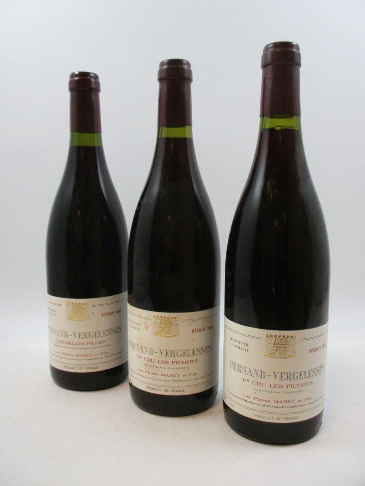 6 bouteilles 1 bt : PERNAND VERGELESSES 1997 Les Belles Filles. Pierre Marey 1 bt : PERNAND VERGELESSES 1998 1er cru Les Fichots....