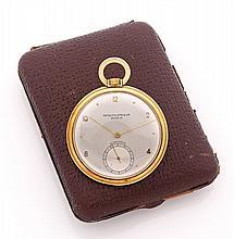 PATEK PHILIPPE pour BEYER ZURICH N° 637950 vers 1930 Belle montre de poche en or. Boîtier rond. Cadran argent avec index pointes...