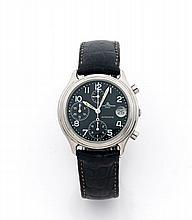 BAUME ET MERCIER BAUMATIC vers 1980 Chronographe bracelet en acier. Cadran noir avec 3 compteurs noir, dateur par guichet à 3 he...