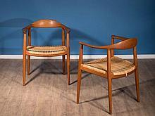Hans J. WEGNER 1914-2007 Paire de fauteuils « The Round Chair » mod. JH 501 - 1950 Structure en teck, assise en cannage