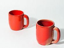 Georges JOUVE (1910-1964) Deux tasses - Circa 1960 Céramique émaillée rouge