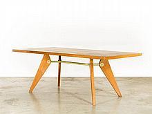 Jean PROUVE (1901 -1984) Table Mod. S.A.M n° 502 - 1951 Piètement en chêne massif, plateau en placage de bois, entretoise en tube d'..
