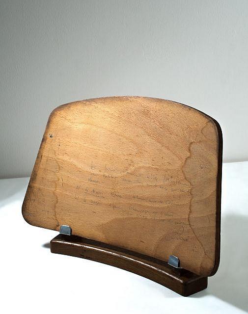 jean prouve 1901 1984 prototype de dossier de chaise ci. Black Bedroom Furniture Sets. Home Design Ideas